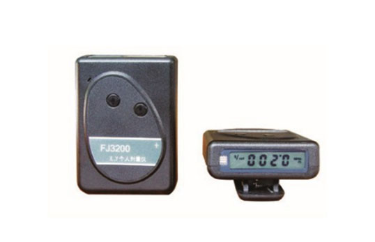 FJ3200个人剂量仪