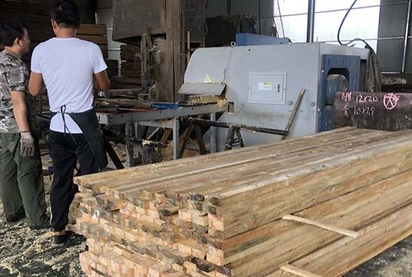 木材加工車間